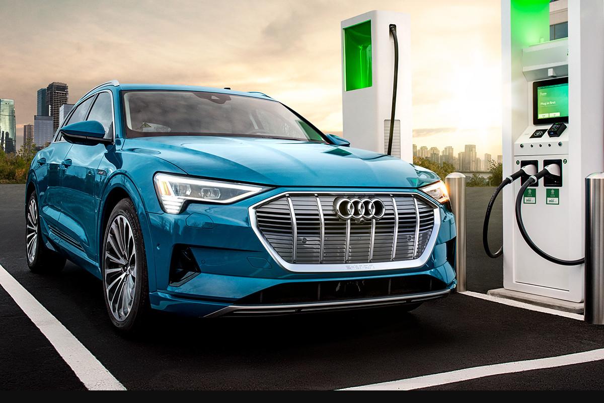 Audi E TRON vehiculo electrico de venta en Autosama