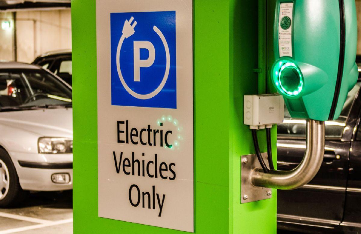 Electrificar un parking privado