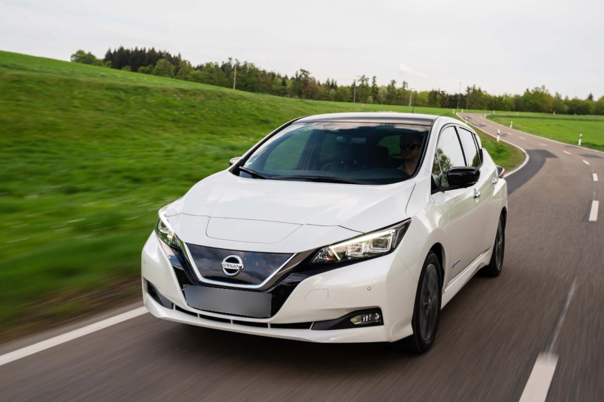 NISSAN LEAF vehiculo electrico de venta en Autosama